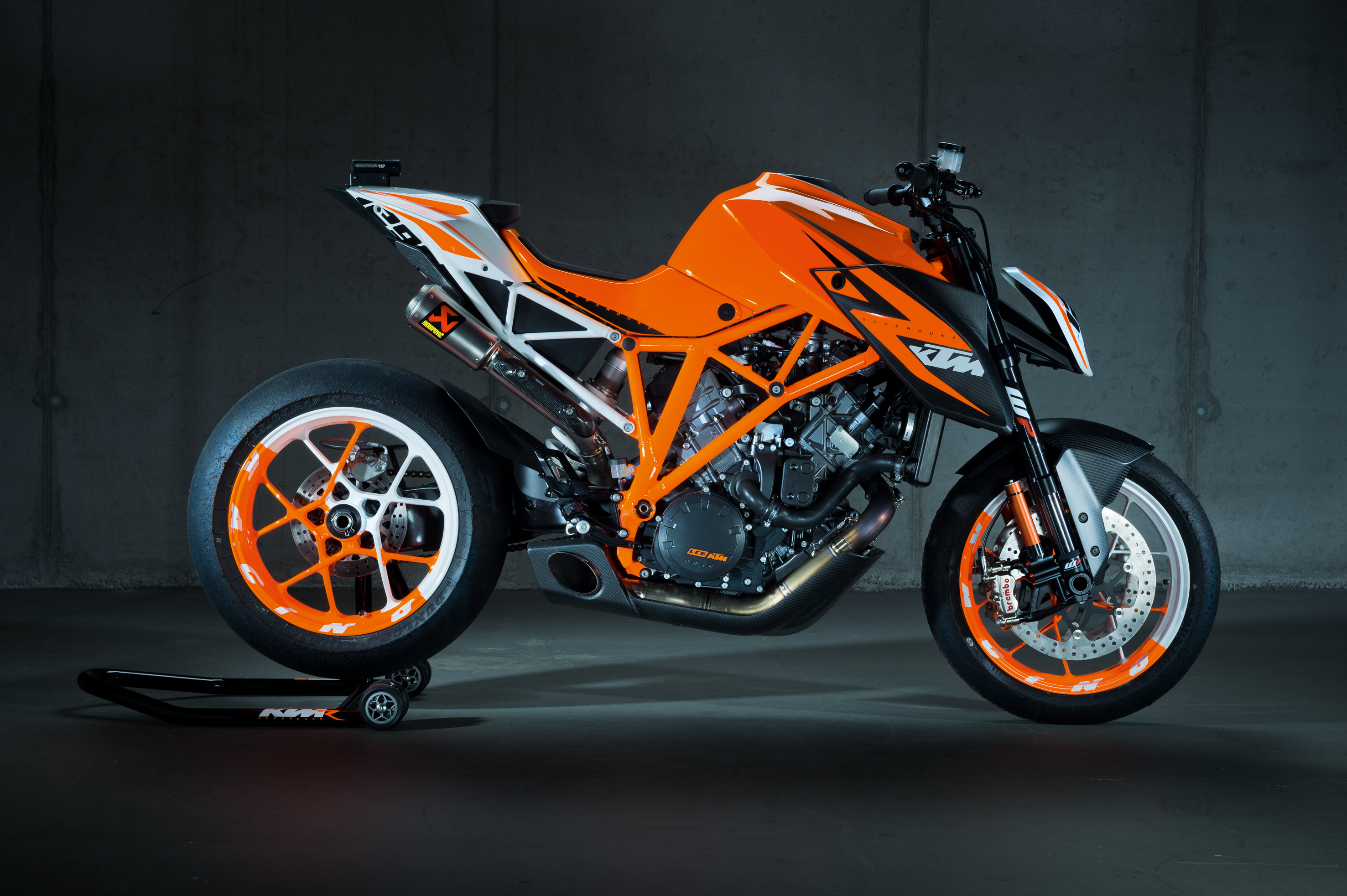 ktm s eicma show stopper 1290 super duke r ktm blog. Black Bedroom Furniture Sets. Home Design Ideas
