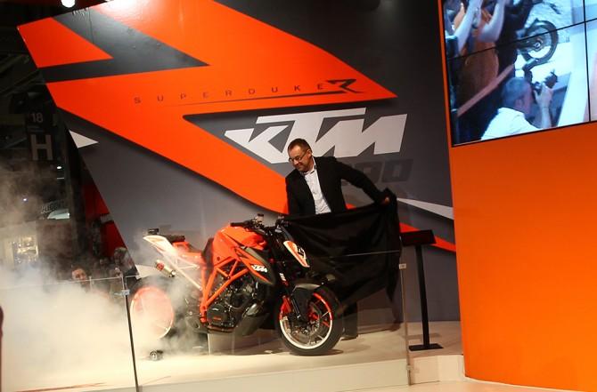 Designer Gerald Kiska: Versteht Motorräder grundsätzlich. // Designer Gerald Kiska: Understands motorcycles.
