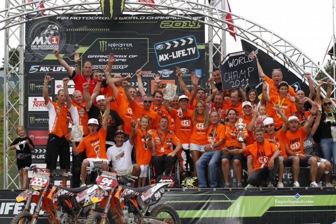 Gaildorf 2011: Erfolgreiche KTM-Familie mit Roczen/Cairoli. // Gaildorf 2011: Sucessfull KTM-family with Roczen/Cairoli.