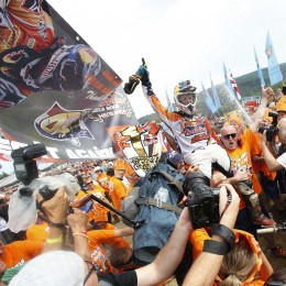 78489_herlings_mxgp_2013_r14_rx_4659