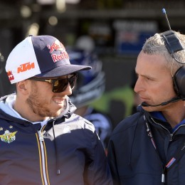 Cairoli with Team Italy manager and former KTM rider Thomas Traversini