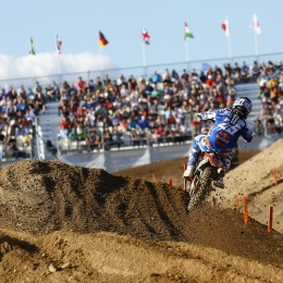 Musquin with the grandstand backdrop