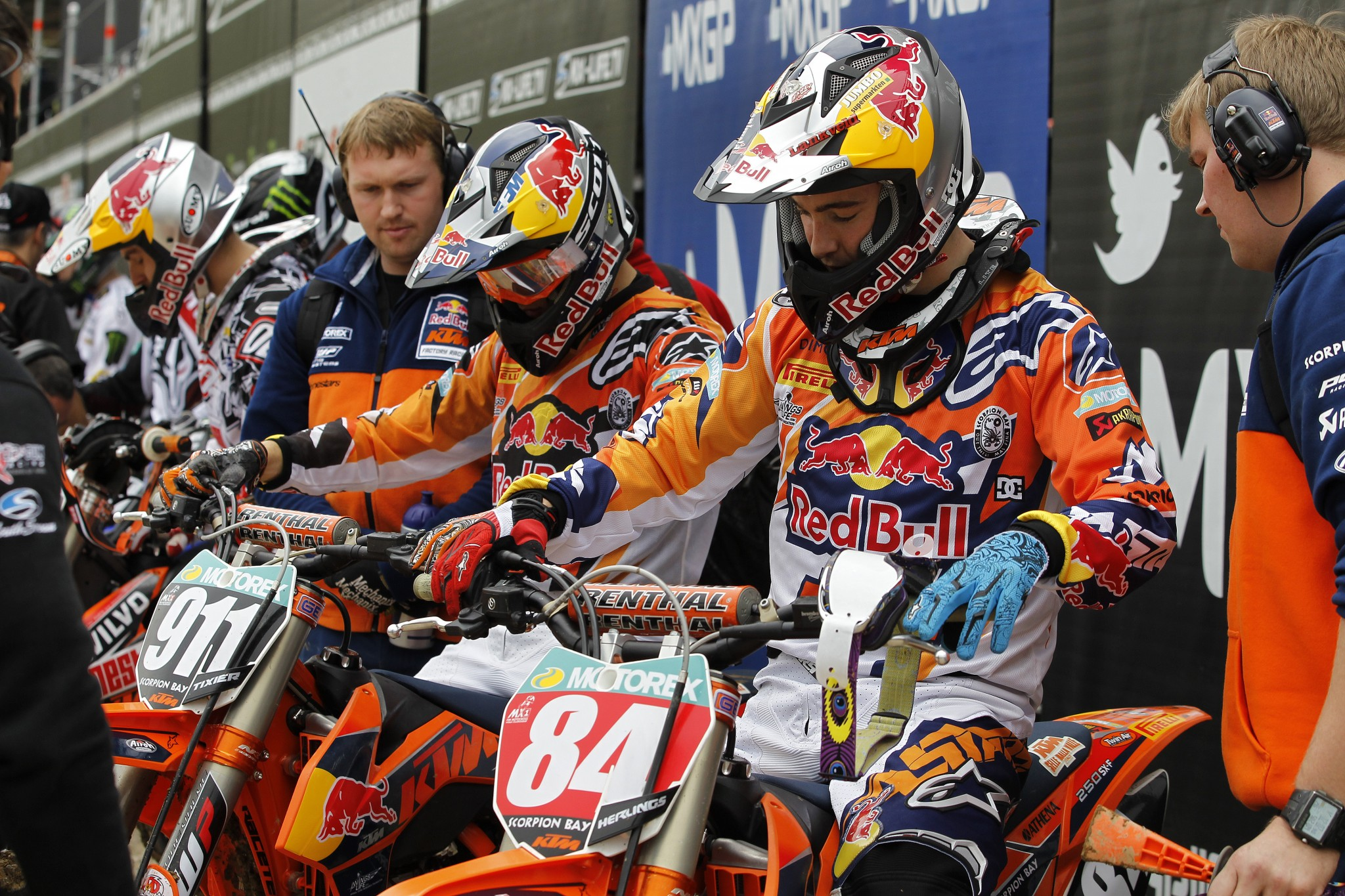74567_Herlings_Tixier_MXGP_2013_R05_RA50532