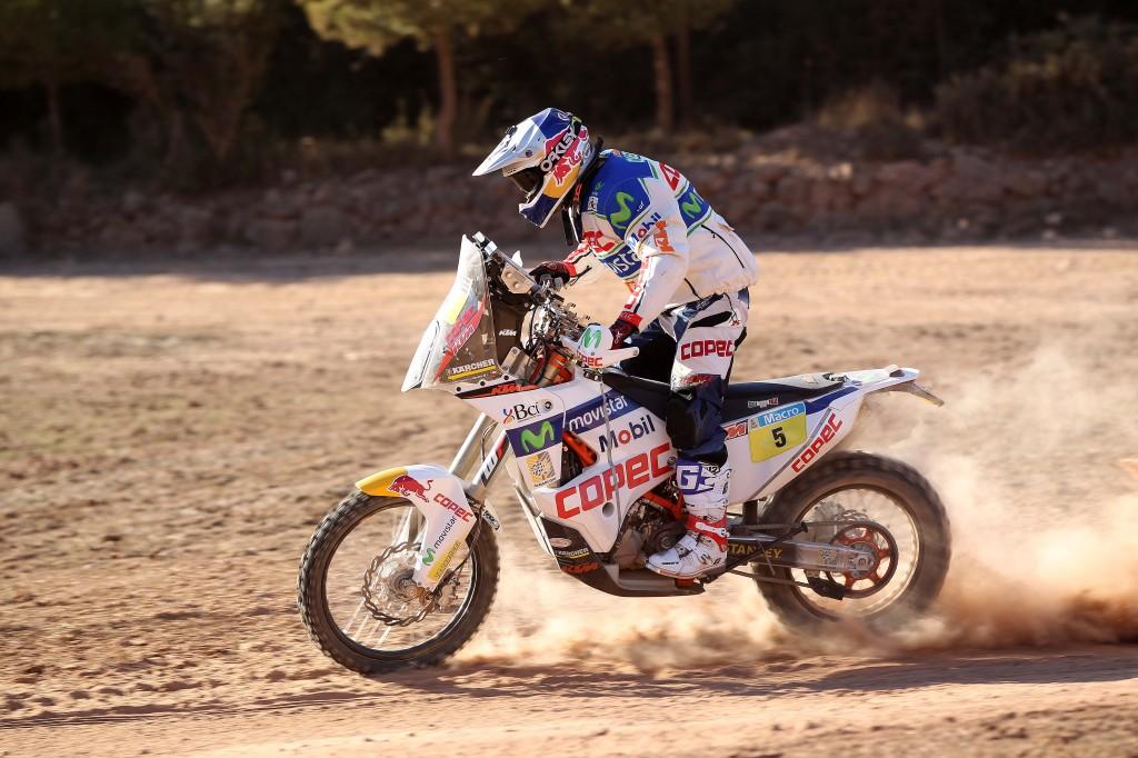 Chaleco Lopez & KTM 450 RALLY MY14 (© Jonty Edmunds KTMimages.com)