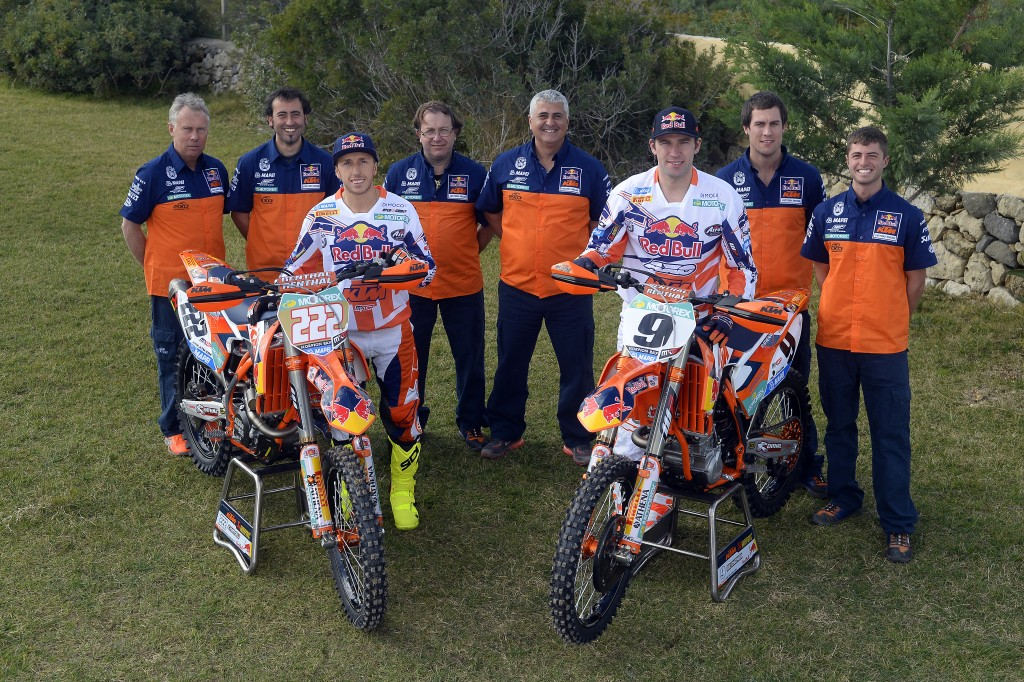 004_KTM_2014_MX1_team_group