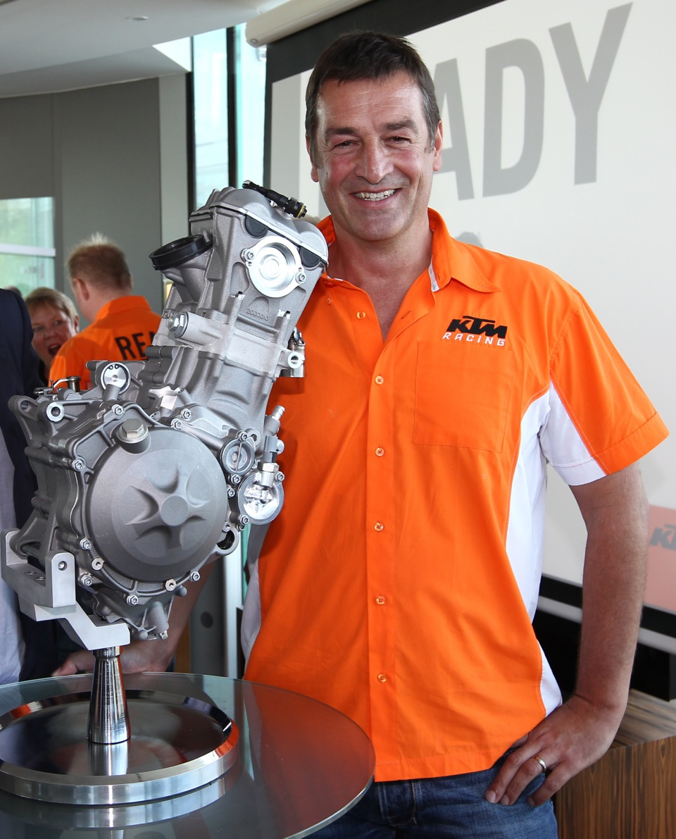 Moto3 vs MX2: Just dirt bike engines in a Grand Prix chassis? - KTM BLOG