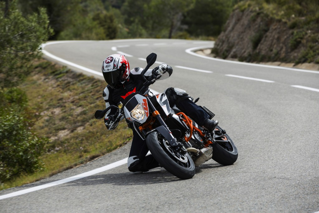Journalist KTM 690 DUKE R © Francesc Montero