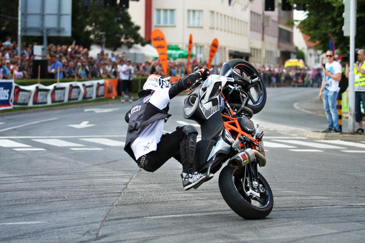 Rok Bagoroš KTM 690 DUKE Stunt