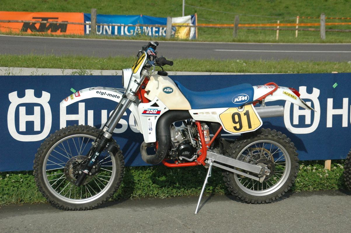 250er Youngtimer 1986