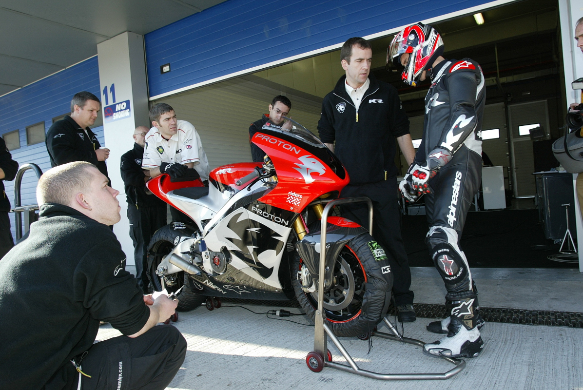 c 2004 McWill-Test MotoGP V4 Jerez