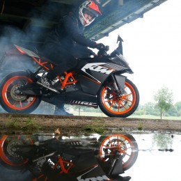 Rok Bagoroš KTM RC 125 © Francesc Montero