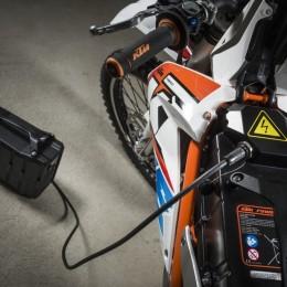 Charging KTM FREERIDE E