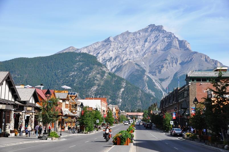 3 Banff