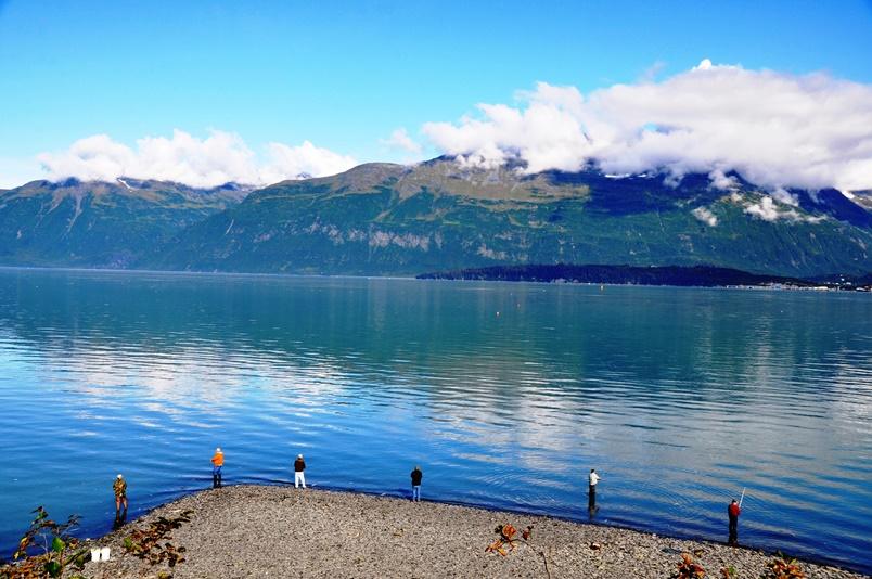 43 Lachsfischer in Valdez