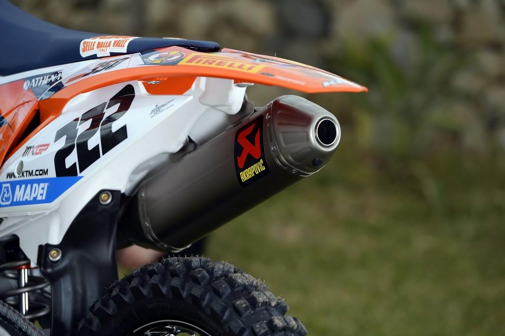 Motocross KTM 350 SX-F Cairoli Akrapovič