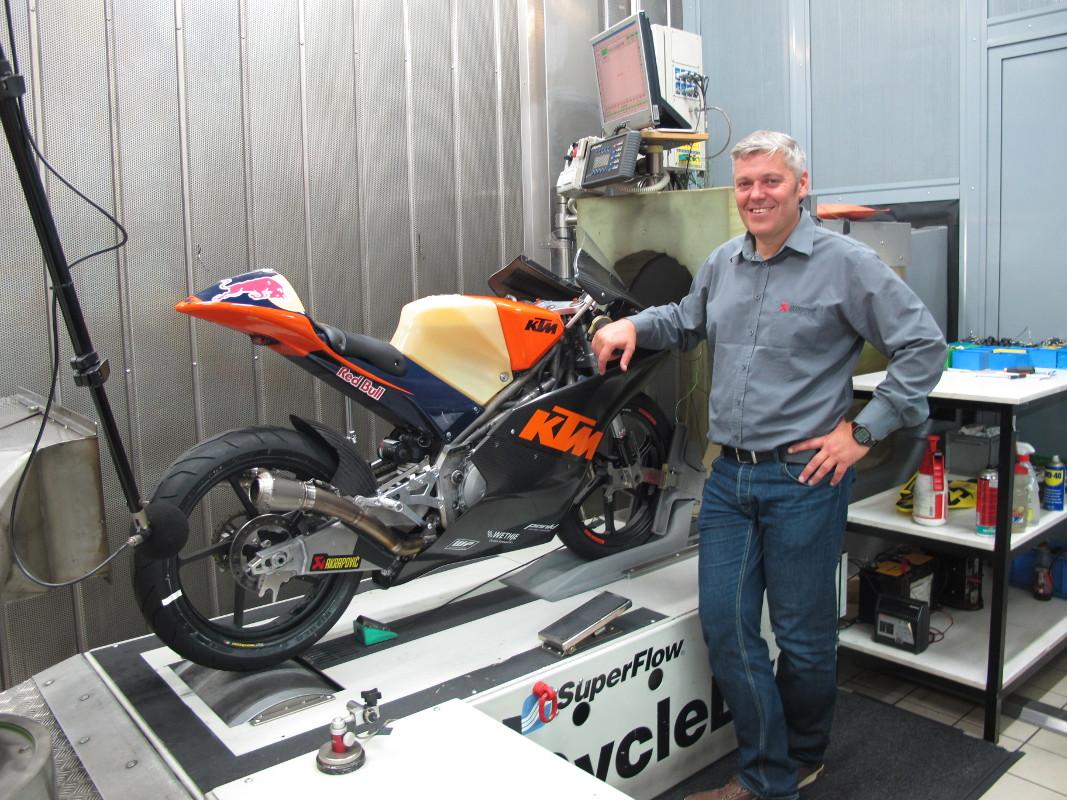 KTM Moto3 Akrapovič