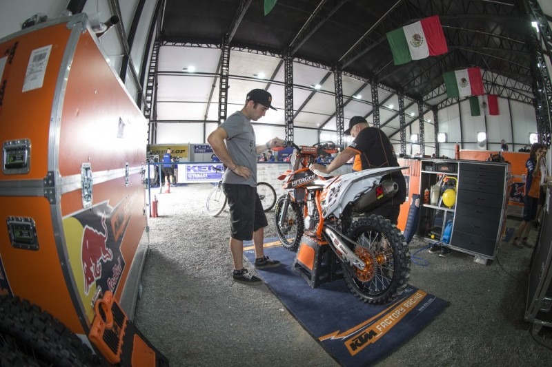 Shaun Simpson KTM 450 SX-F León (MEX) 2015