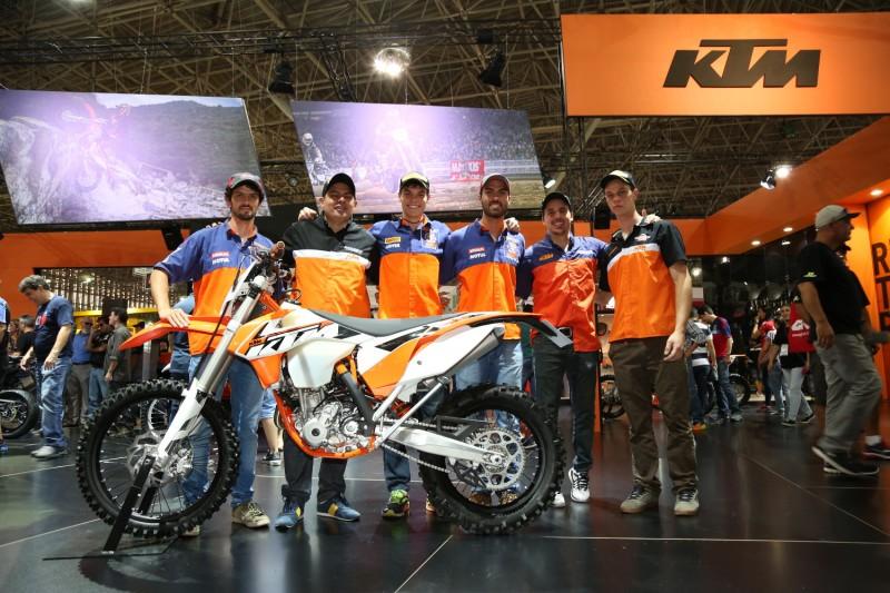 Brazilian National Motocross Championhsip riders Salão Duas Rodas 2015