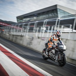 Alex Hofmann KTM RC16 Spielberg (AUT) 2015