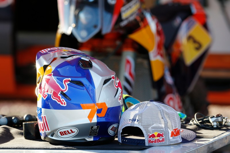Toby Price KTM 450 RALLY & race gear 2015