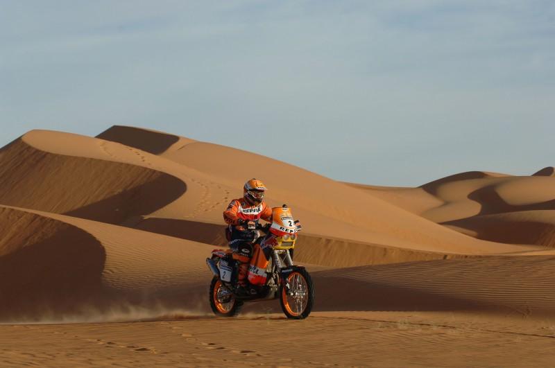 Marc Coma (ESP) KTM 660 RALLY Dakar 2006