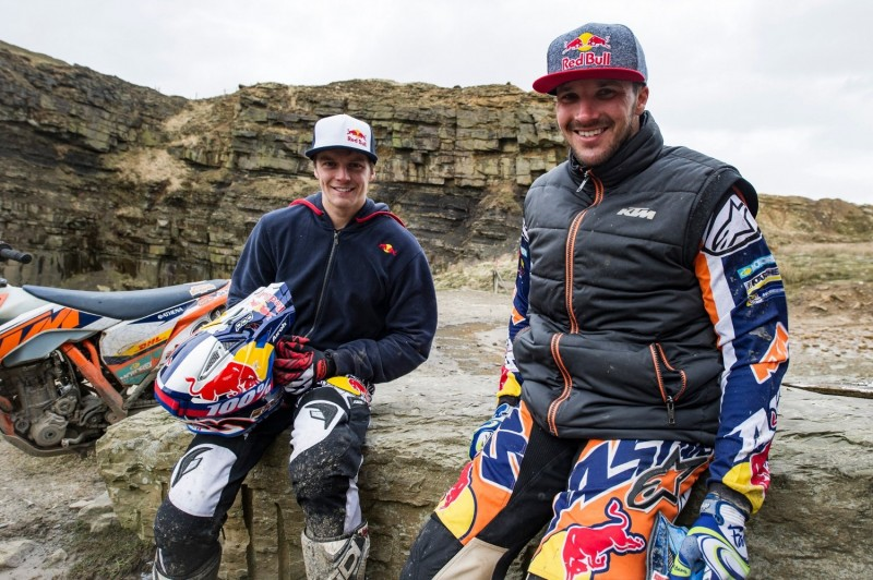 Jonny Walker (GBR) & Sam Sunderland (GBR) Cowm Quarry 2016