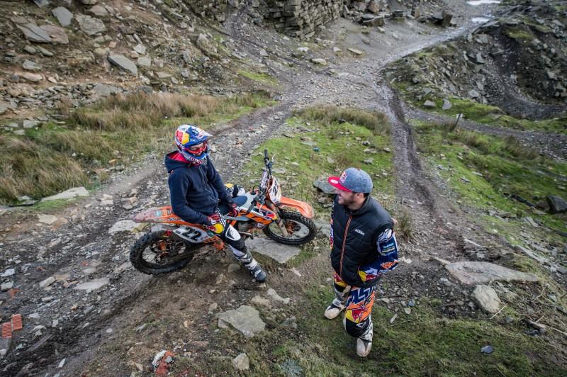 Jonny Walker (#22, GBR) KTM 300 EXC & Sam Sunderland (GBR) Cowm Quarry 2016