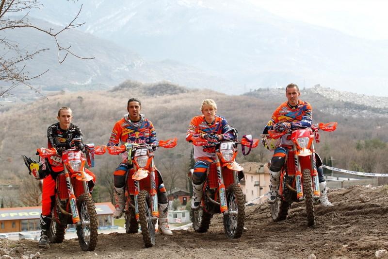 Taylor Robert (USA), Ivan Cervantes (ESP), Nathan Watson (GBR) & Christophe Nambotin (FRA) KTM 250 EXC-F & KTM 350 EXC-F Arco de Trento (ITA) 2016