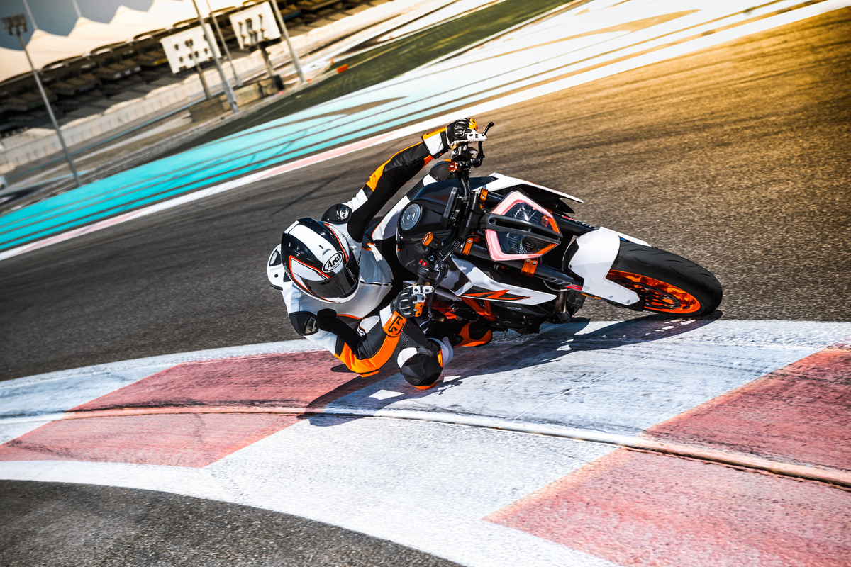 Ktm 1290 Super Duke Gt Archives Blog Freeride 250r Wiring Diagram The Euro Way How Bikes Are Turning To New Rules