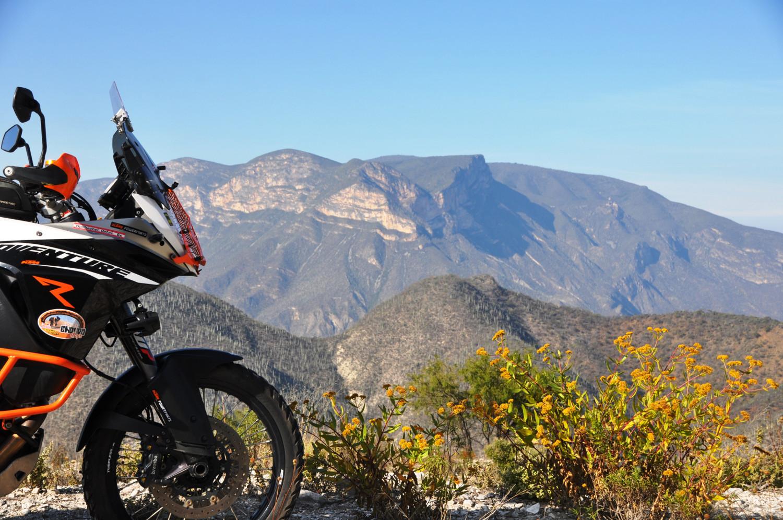 Durch die Sierra Madre del Sur   Through the Sierra Madre del Sur