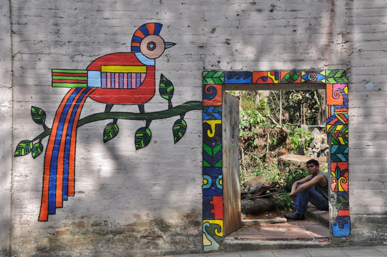 Naive Malerei auf einem Haus im salvadorianischen La Palma | Naive art on a house in La Palma, El Salvador