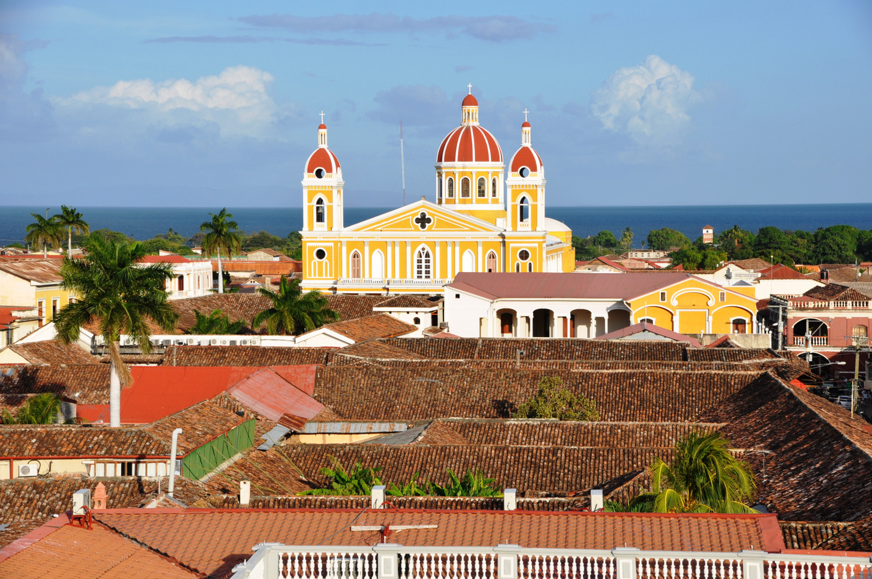 Blick über die photogene Kolonialstadt Granada in Nicaragua   View out over the photogenic colonial town of Granada in Nicaragua