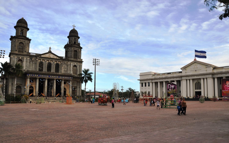 Nicht ganz so charmant: Hauptplatz von Managua | Not quite so charming: main square in Managua