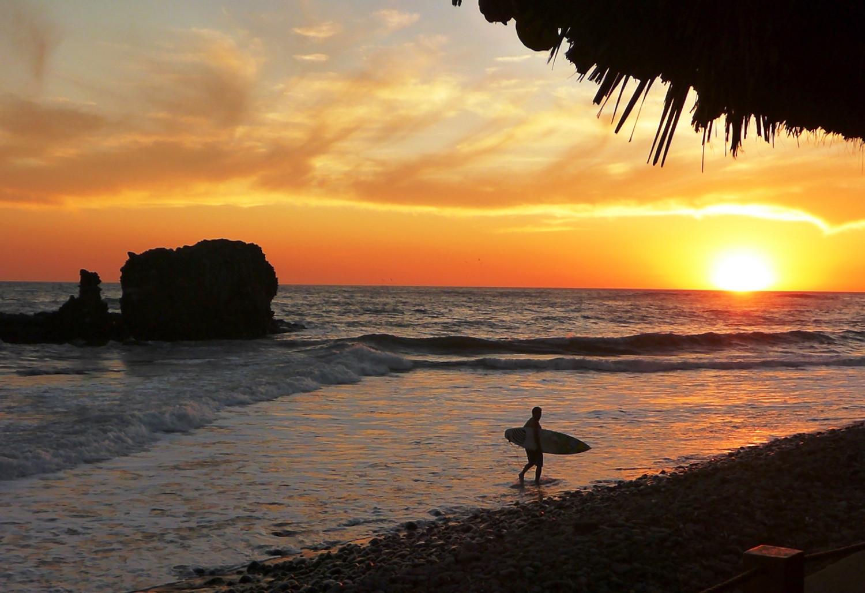 Pazifikstrände erfreuen Surfer … | Surfers love the Pacific beaches ...