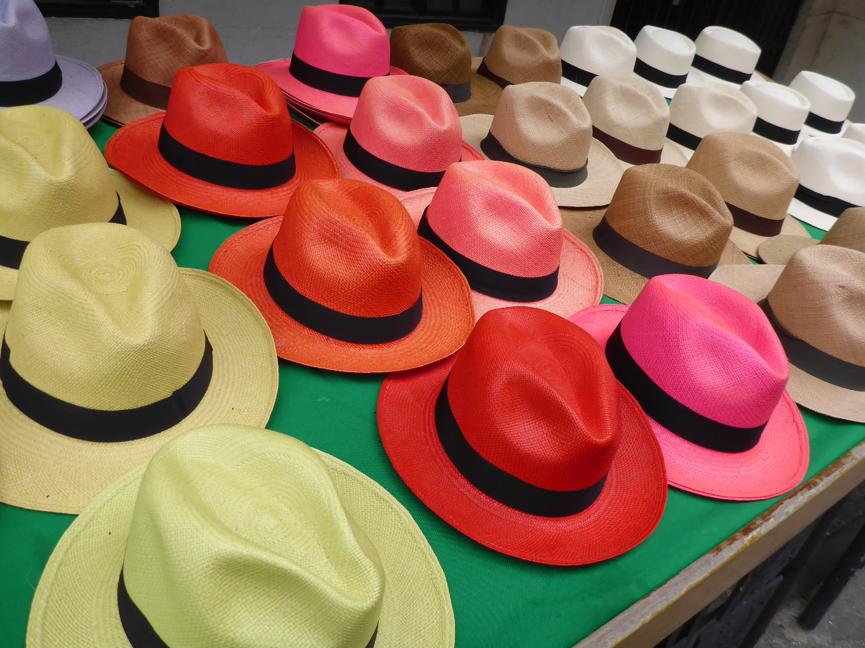 "Der berühmte ""Panama-Hut"", der eigentlich aus Ecuador stammt | The famous Panama hat, which actually comes from Ecuador"