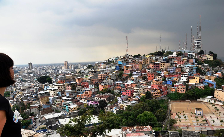 Fast 500 Stufen führen auf den Hügel Santa Ana, den ältesten Teil Guayaquils | Almost 500 steps take you up onto Santa Ana hill, the oldest quarter of Guayaquil
