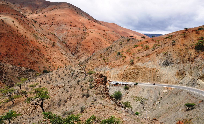 Bunte Berge im Norden Perus   Colorful mountains in northern Peru