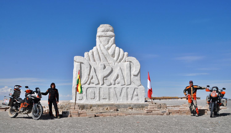 In Bolivien auf den Spuren der Dakar   In Bolivia, following in the wheel tracks of the Dakar Rally