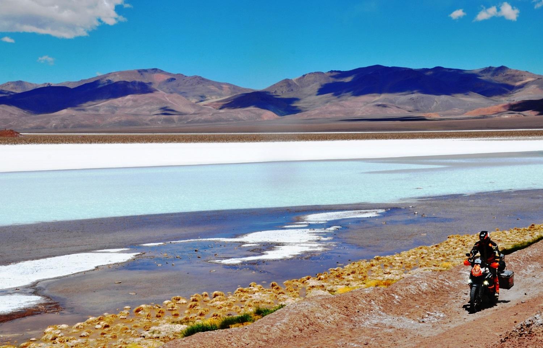 Laguna Verde am Grenzübergang von Chile nach Argentinien | Laguna Verde at the border crossing from Chile into Argentina