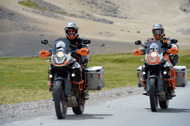 Panini-Moto-Tour-Formation | Panini Moto Tour formation