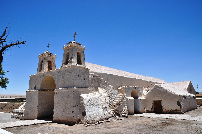Die wuchtige Lehmkirche von Chiu Chiu | The mighty Chiu Chiu mud church