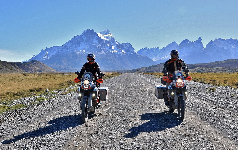 "Durch den Nationalpark ""Torres del Paine"" | Riding through Torres del Paine National Park"