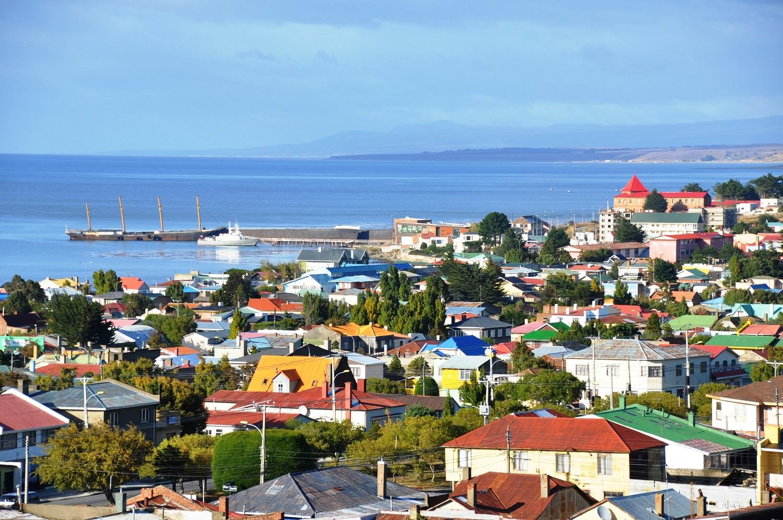 Punta Arenas an der Magellanstraße: von hier geht die Fähre nach Feuerland | Punta Arenas on the Strait of Magellan: this is where the ferry departs for Tierra del Fuego
