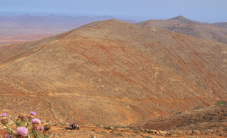 Fuerteventura ist eine kahle Wüsteninsel | Fuerteventura is a barren desert island