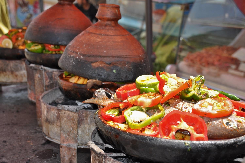 Tajine: der unwiderstehliche Eintopf vom Holzkohlengrill | Tagines: irresistible stews from a charcoal grill