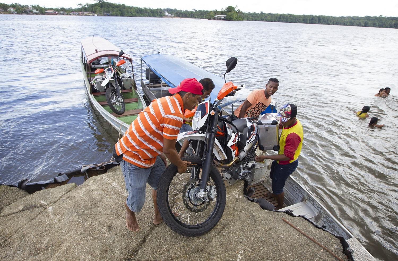 OIAPOQUE Eerste 100 km offroad in Brazilië.