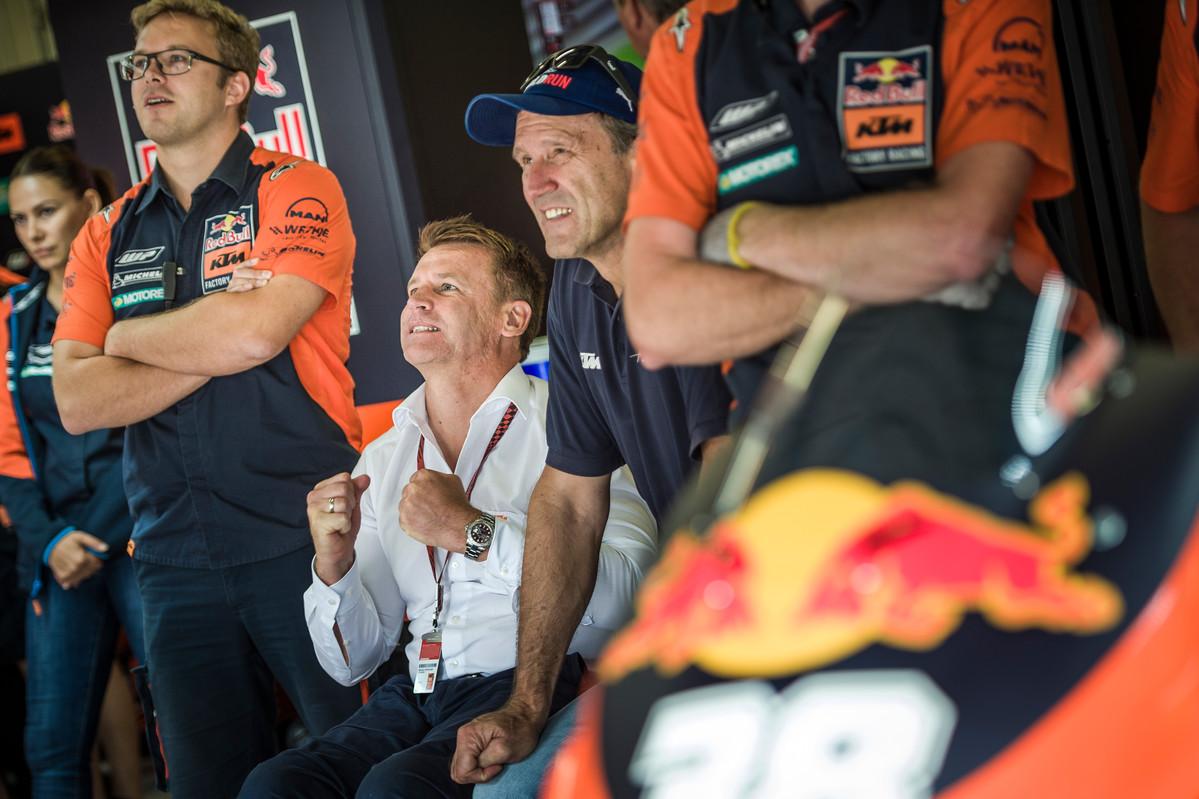 198340_Sebastian Risse_ Pit Beirer _ Heinz Kinigadner Box Red Bull Ring Spielberg 2017