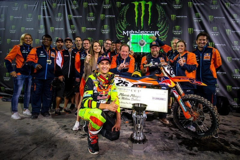 10 years to 1,000,000 : Musquin & Beirer discuss particular KTM historical past