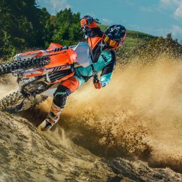3 things you have to know about the 2019 KTM SX motocross bikes