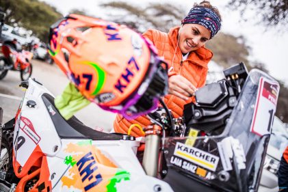 Interview of the Month: I worked really hard – Laia Sanz and the Dakar determination